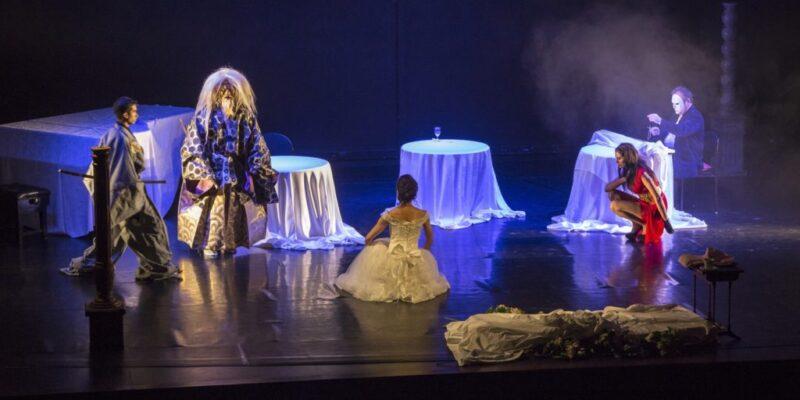 Lear-production-in-Beirut-Lebanon-Naohiko-with-Soraya-and-Naotomo